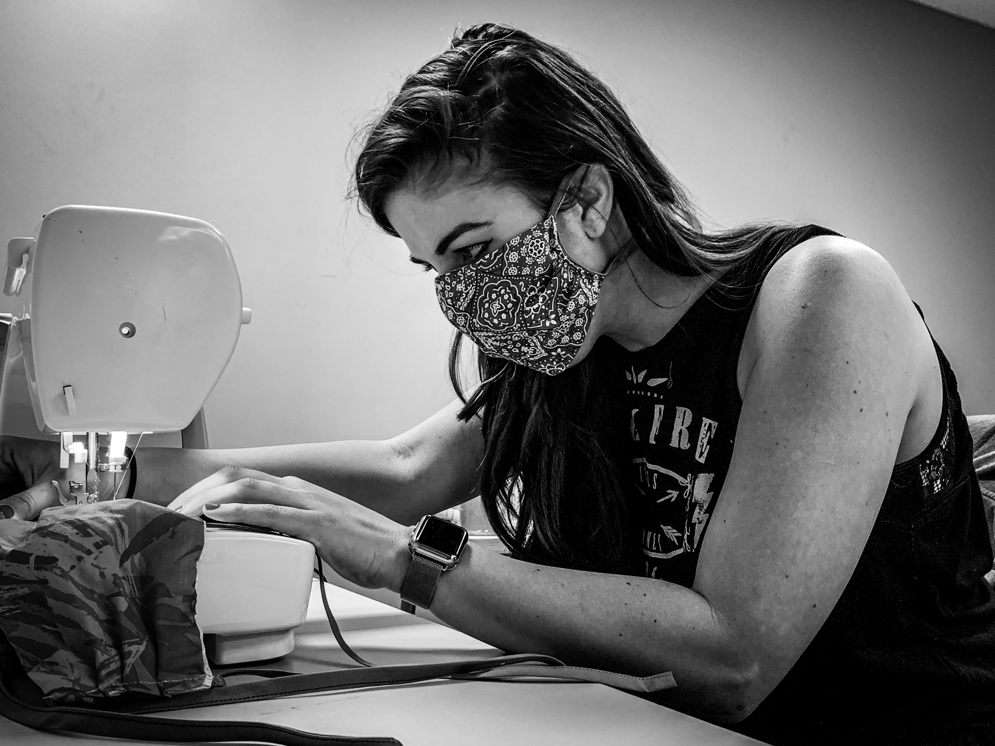 Make Nashville volunteer Jenna making masks for first responders.